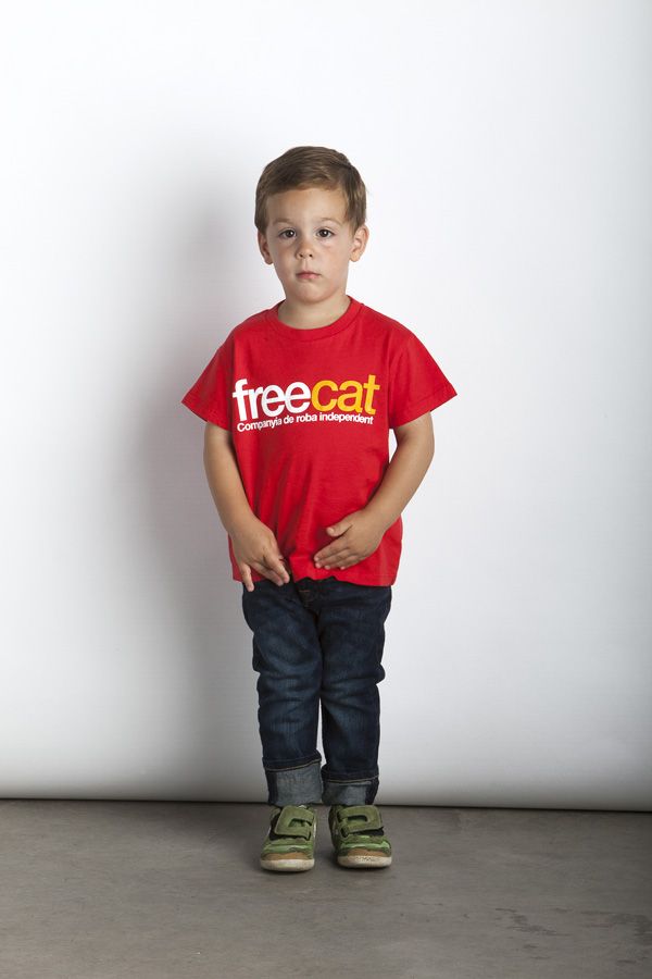 Red Freecat T-Shirt - Kid T-Shirt - Color: Red - Size: 2-3 years